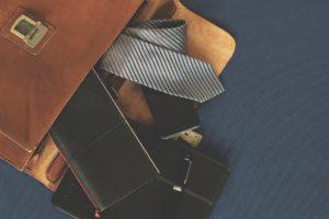 briefcase-1578138_1920